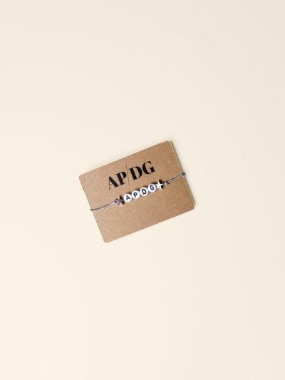 Bracelet-lettres-produit-A